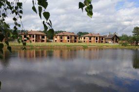 Законно ли строительство коттеджей в районе Фешенского пруда?