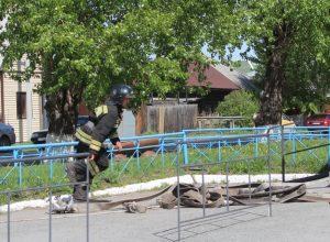 Полная эвакуация: на территории больницы прошла тренировка по пожарной безопасности