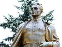 104 — года со дня рождения Кузнецова