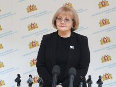 Людмила Бабушкина поздравила с профессиональным праздником сотрудников автотранспорта