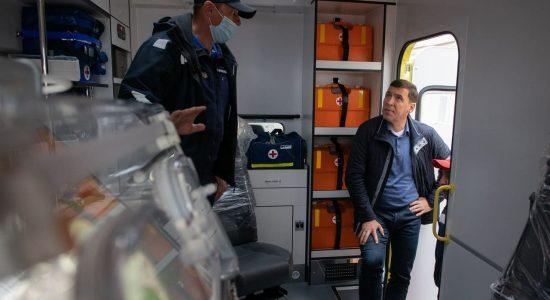Евгений Куйвашев заявил о необходимости обеспечить службу медицины катастроф супероснащёнными реанимобилями