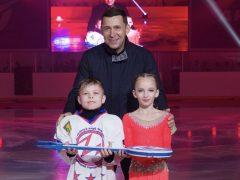 Евгений Куйвашев дал старт работе новой ледовой арены в Талице