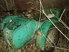 Мотоциклист врезался в дерево