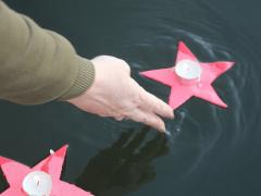 «Свеча на рассвете» —  небольшой фоторепортаж с ежегодной акции