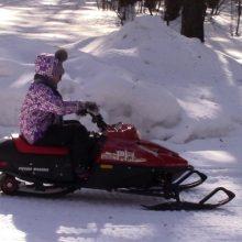 Ребенок упал со снегохода
