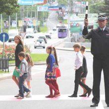 Госавтоинспекция Свердловской области призывает взрослых уделить особое внимание безопасности детей на дороге