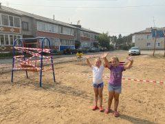 На радость детям: во дворах Талицы устанавливают детские площадки
